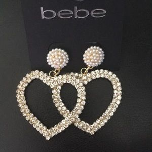 New bebe gold crystal & pearl Hearts Earrings